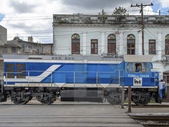 Les locomotives russes arrivent à point à Cuba !