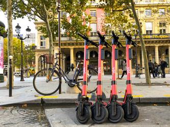 Trottinette : Voi lance Voi4all à Paris