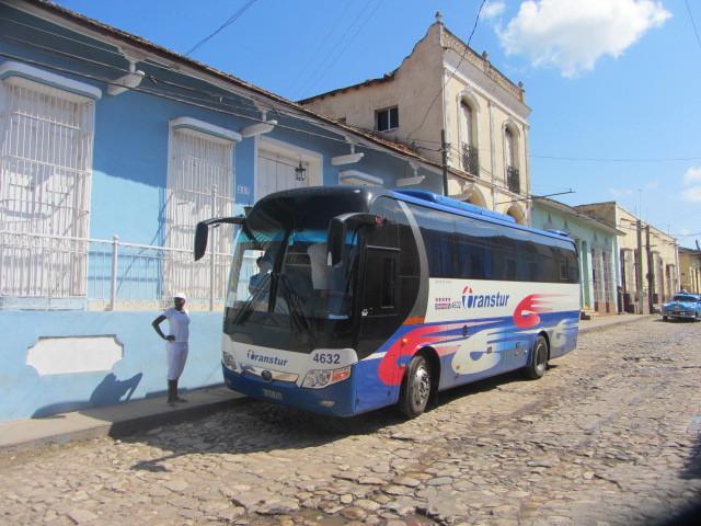 Les cars et bus cubains