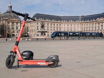 Des trottinettes BlaBla Ride à Bordeaux