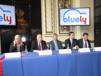 Bluely jette l'éponge à Lyon