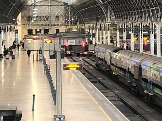 Une vraie-fausse nationalisation du rail britannique