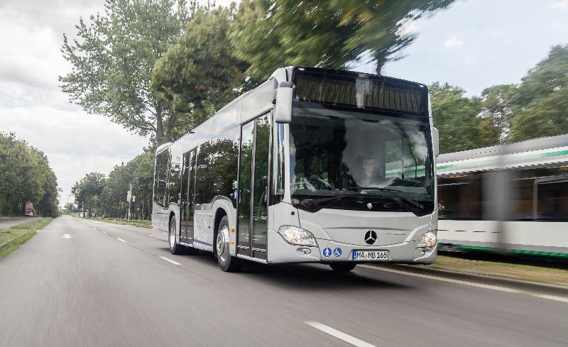Bus Mercedes-Benz