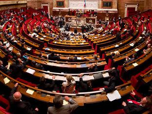 Loi Climat : l'Assemblée supprime certaines lignes aériennes