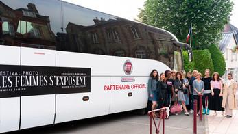 Iveco Bus transporte le Festival « Les femmes s'exposent »