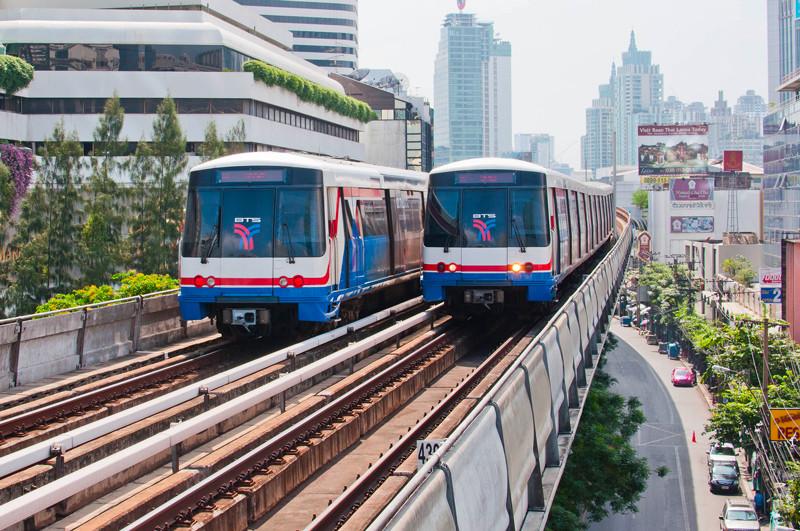 Le Sky Train de Bangkok
