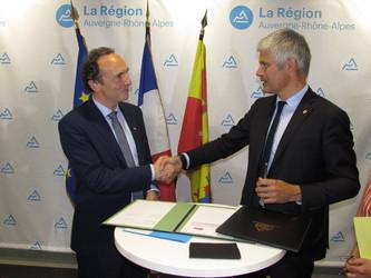 Auvergne-Rhône-Alpes : moratoire sur la fermeture des guichets SNCF