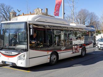 Draguignan réceptionne deux bus au gaz naturel