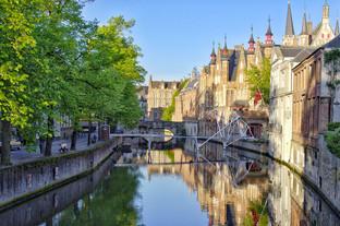 Bruges prend des mesures pour limiter le tourisme de masse