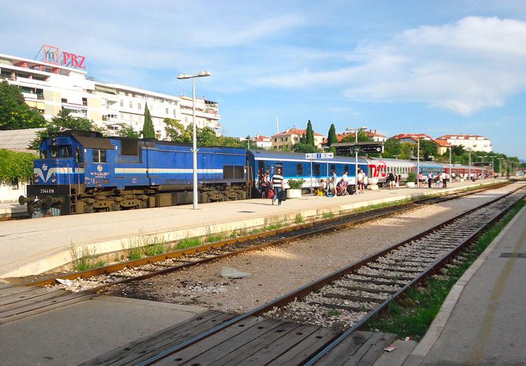 Train cote Dalmate