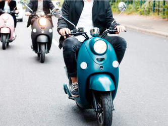 Le scooter électrise les appétits
