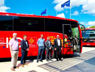 Volvo Bus France livre trois Volvo SB3 B100 Exclusif à Ruban Bleu
