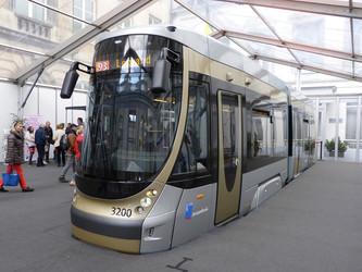 Bruxelles commande plus de Trams Nouvelle Génération