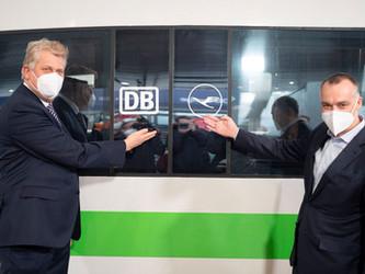 Transfert organisé de l'avion vers le train en Allemagne