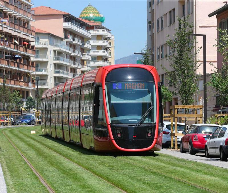 Nice inaugure la première section de la ligne 2 du tramway