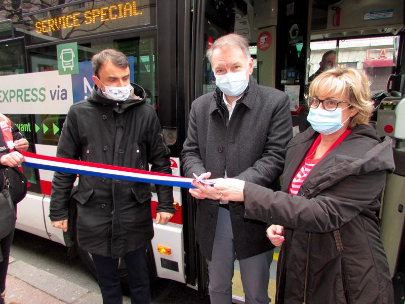 Lyon : innauguration d'une nouvelle ligne express TCL