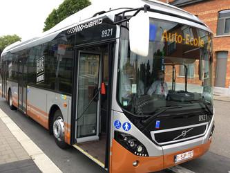 90 bus Volvo 7900 hybrides pour Bruxelles