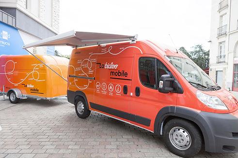 0-bicloo-mobile-copyright-JCDecaux.jpg