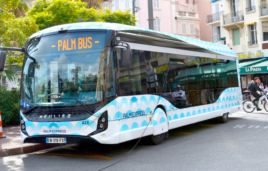 palm bus Cannes