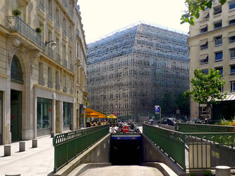 Paris : les parkings de la discorde