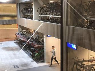 Le plus grand parking à vélo du monde en gare d'Utrecht