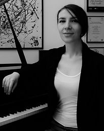 Piano Lessons in Battersea, Tania Notte | Encore Music Tuition