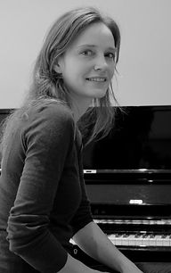 Piano Lessons in Battersea, Liesbeth Allart | Encore Music Tuition