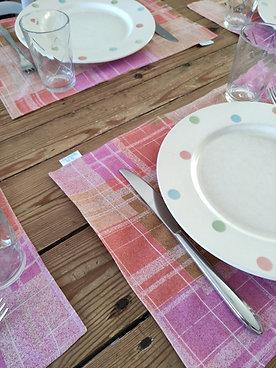 Set de table quadrillage