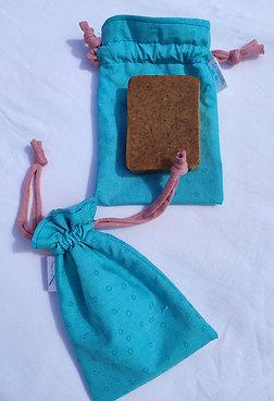 Pochette à savon bleue