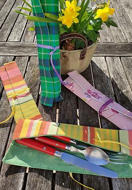 Pochette à couverts multicolore