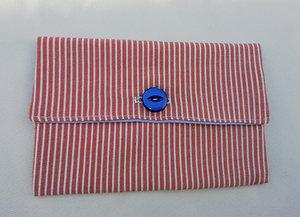 pochette pour papiers à rayures