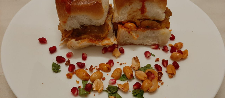 Dabeli (Gujarati Dish)