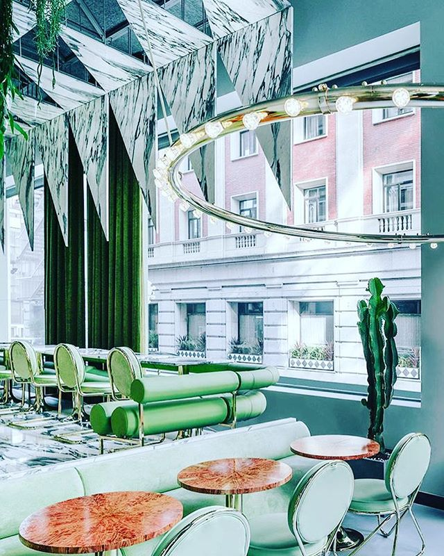 Ref image_ technology save the world!! So thin marble can be the decorative panel! Inspired!! #interiordesignideas #interiordesign #modernin