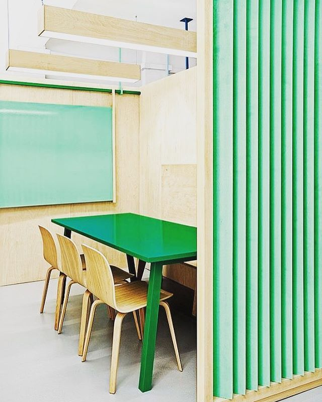 Green could be the best choice #modern #interior #interiordesign #educationcenter #educationcentre