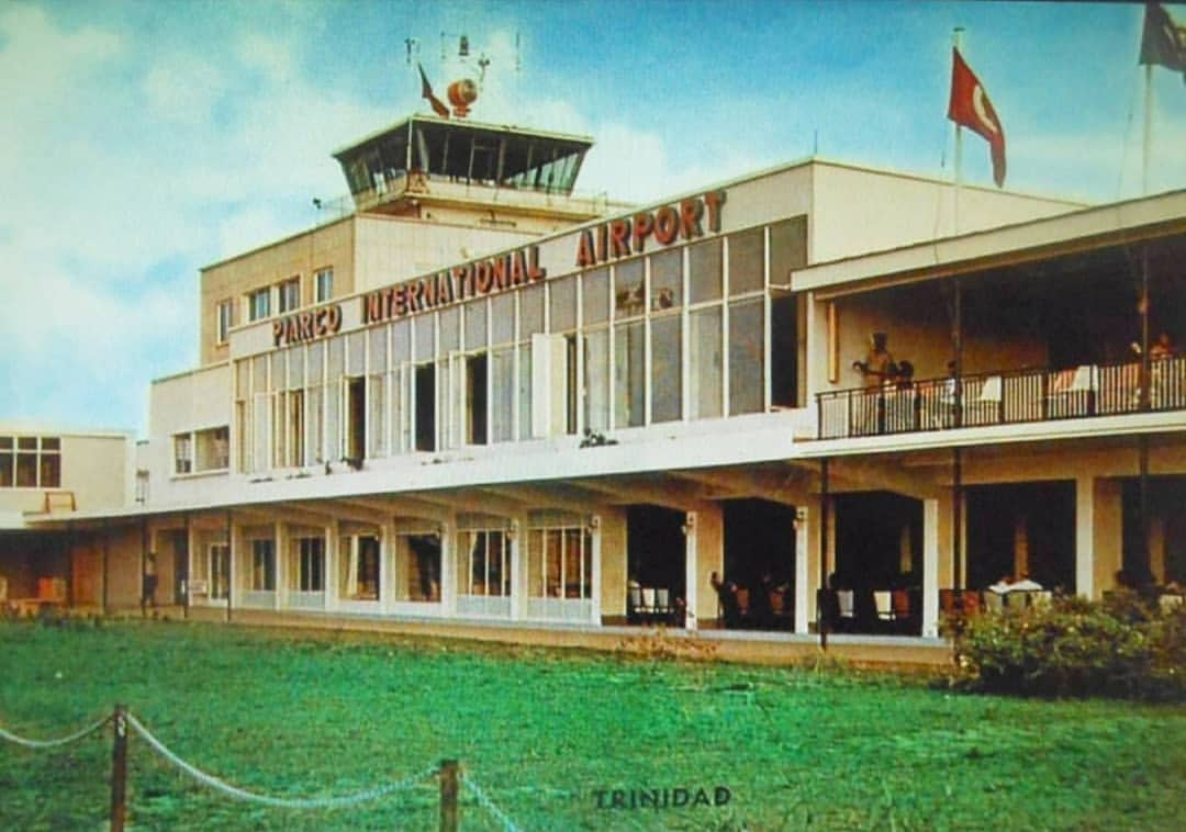 PiarcoAirport03.jpg