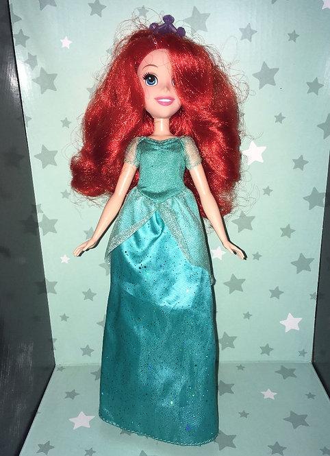 Poupée Ariel la petite sirène Disney Hasbro