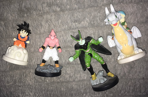Lot de 4 figurines du dessin animé Dragon Ball .