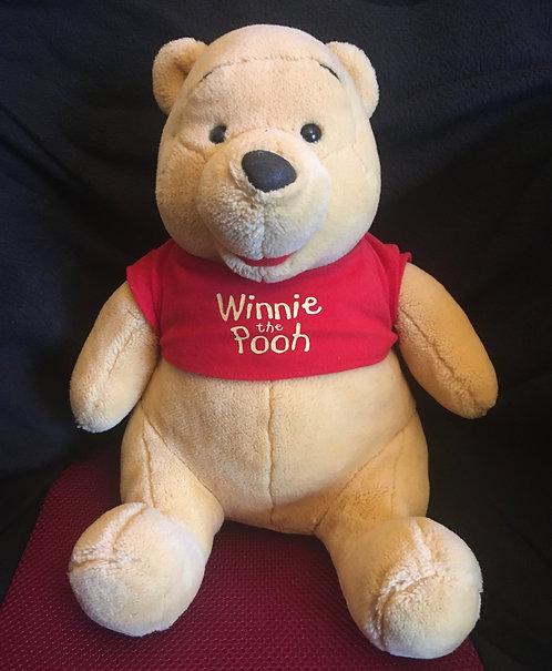 Peluche Disney Winnie l'ourson Winnie the pooh .