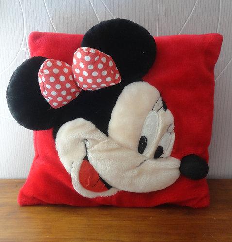Coussin Minnie Mouse en relief . 35x35 cm .