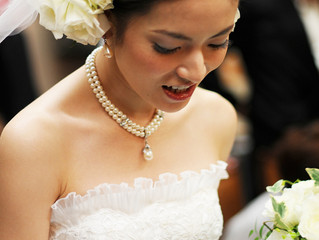 Develop a bridal beauty plan for your big day