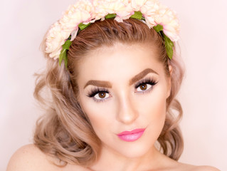 In Love with Bridal Flower Crowns? Here's How to Save Money and Still Get a Gorgeous One