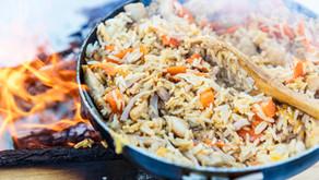 Stekt ris med kylling og skinke