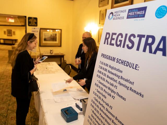 Registration & Directional Signage