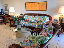 Bright tropical decor