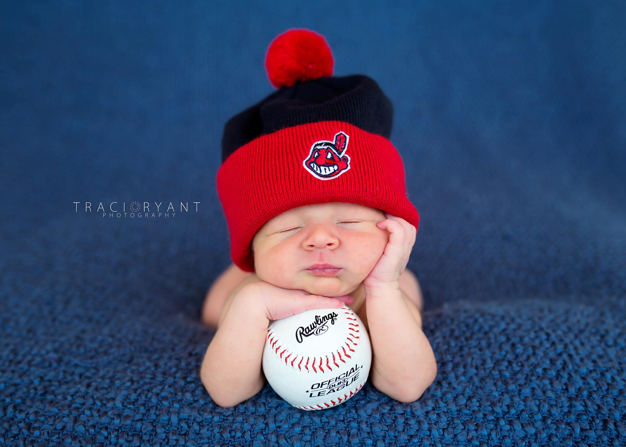 Cleveland Ohio Newborn Portraits