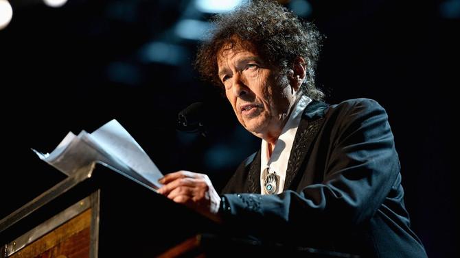 Com quantos Bob Dylans se faz um autor