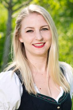 Denise Wlasits, Marketenderin