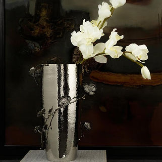 michael-aram-black-orchid-centerpiece-va