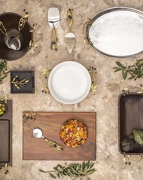 michael-aram-olive-branch-gold-wood-bowl