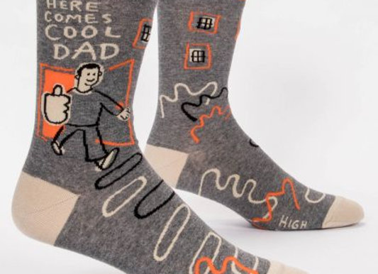 Here Comes A Cool Dad Men's Crew Socks